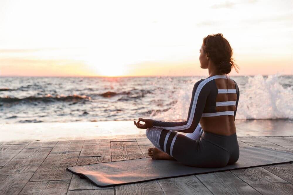 How to Control Anxiety Through Yoga